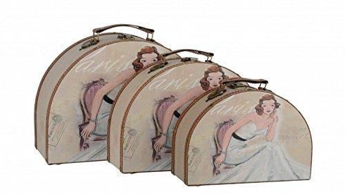 Halbrundes Kofferset bestehend aus drei Koffern in unterschiedlicher Größe mit einer edlen Dame auf dem Deckel