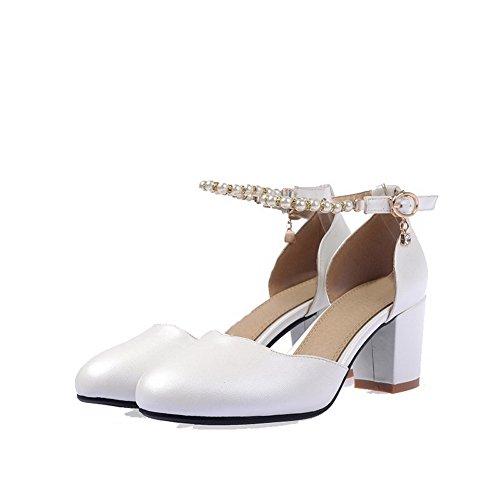 AllhqFashion Femme Pu Cuir à Talon Correct Rond Mosaïque Boucle Chaussures Légeres Blanc
