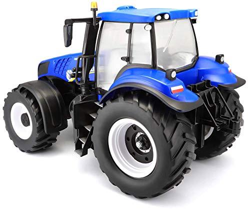 RC Auto kaufen Traktor Bild 3: Maisto Tech R/C New Holland Traktor T8.320: Ferngesteuerter Traktor mit Licht, Maßstab 1:16, mit Stick-Controller, ab 8 Jahren, 35 cm, blau (582026)*