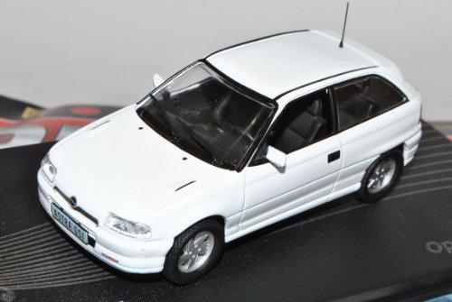 Opel Astra A GSI 1991-1996 Weiss 3 Türer Nr 61 1/43 Ixo Modell Auto