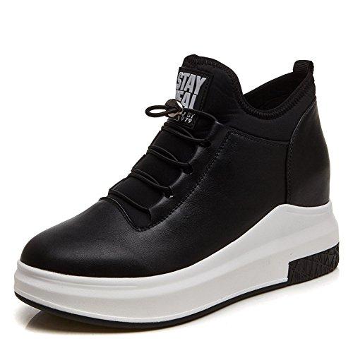 Au sein de l'augmentation de chaussures, blanc, chaussures à semelle épaisse talon augmenté avec sports