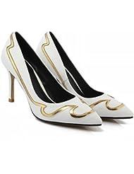GBT Les Chaussures Pour Femmes Combattent Les Chaussures À Bouche Peu Profonde Avec Des Talons Fins