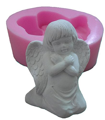 Inception Pro Infinite Silikonform für den handwerklichen Gebrauch eines Sissy Angel mit verschränkten Armen auf der Brust - auch für Kerzen geeignet -