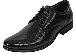 Guava Crocodile Textured Derby Shoe - Black