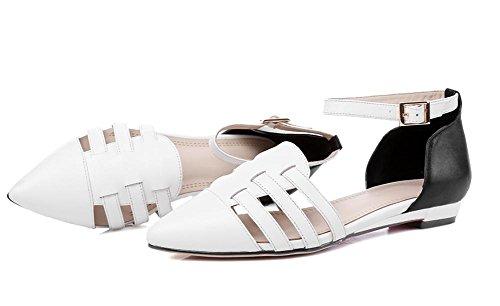 Été, nouvelles chaussures féminines plates avec des sandales White
