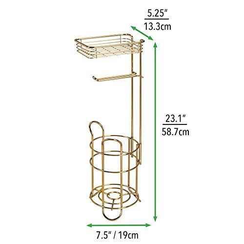 mDesign Klopapierhalter freistehend - stilvoller Toilettenpapierhalter aus Metall mit Ablage für Feuchttücher - mit praktischer Halterung für 2 Ersatzrollen - messingfarben -