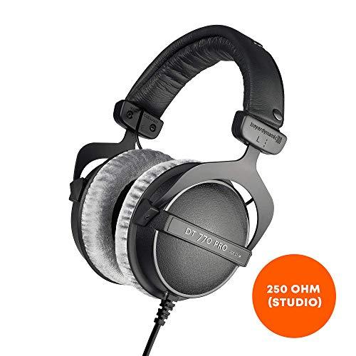 beyerdynamic DT 770 PRO 250 Ohm Over-Ear-Studiokopfhörer in schwarz. Geschlossene Bauweise, kabelgebunden für Studioanwendung ideal zum Abmischen im Studio (Beyerdynamic Dt 990 Pro)