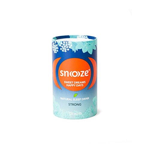 Snoooze ® - Das Natürliche Schlafgetränk auf Kräuterbasis - Wirksamer Schlaf tee mit Baldrian, Passionsblume, Lindenblüte, Kalifornischer Mohn - 8 x 135ml - Strong - Made in Austria
