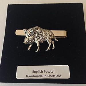 A65Wildschwein 2English Pewter Emblem auf eine Krawattenklammer (Slide) handgefertigt in Sheffield kommt mit prideindetails Geschenkbox