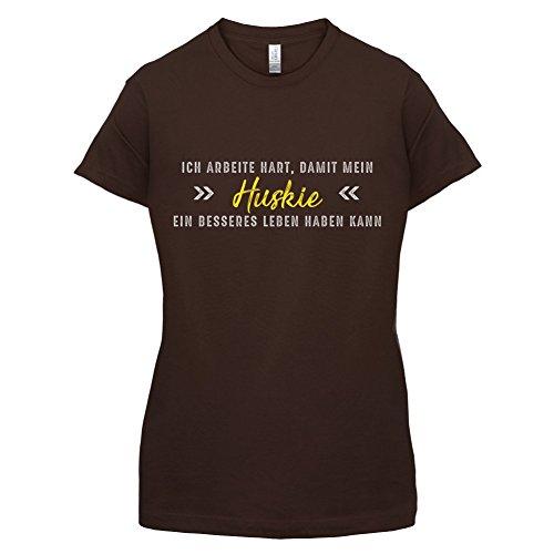 Ich arbeite hart, damit mein Huskie ein besseres Leben haben kann - Damen T-Shirt - 14 Farben Dunkles Schokobraun