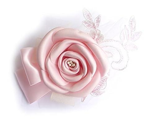 Broche fleur rose clair en tissu satin, dentelle, tull.