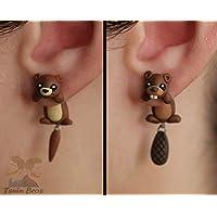 Boucles d'oreilles animaux: loutre ou castor, 100% fait main. Vendu par paire.
