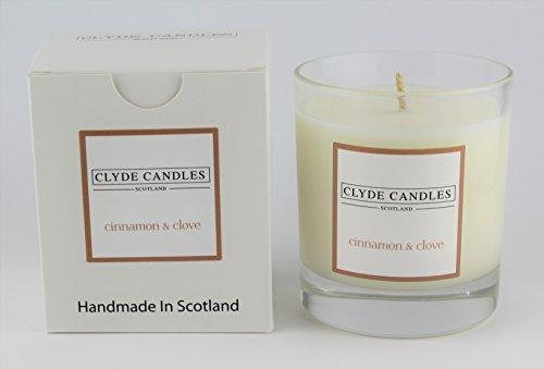 Vela aromática «The Highlands» en caja de regalo de Clyde Candles, con recipiente grande