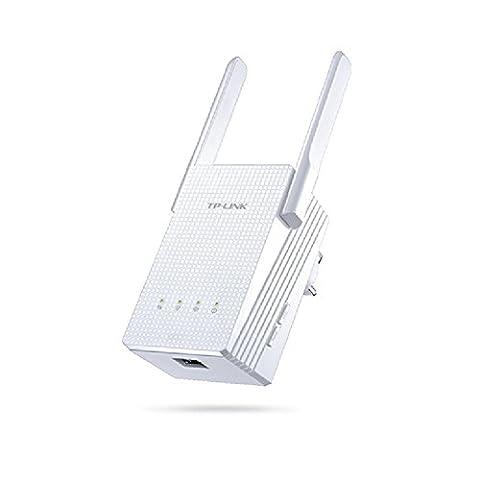 TP-Link AC750 Universal Dual Band Range Extender, Broadband/Wi-Fi Extender, Wi-Fi Booster/Hotspot with 1 Gigabit Port and 2 External Antennas, Plug and Play, Smart Signal Indicator, UK Plug