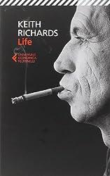 Con i Rolling Stones, Keith Richards ha creato canzoni che hanno scosso il mondo intero, vivendo in puro stile rock'n'roll. Ora, finalmente, è lui stesso a raccontare la storia di una vita scampata a un uragano di fuochi incrociati. L'ascolto ossessi...