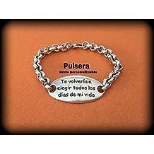 23b35b35f2dd Pulsera de zamak con baño en plata con texto personalizado. Regalo día de  los enamorados