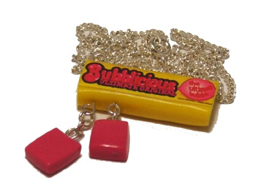 bubblicious-necklace-with-gum
