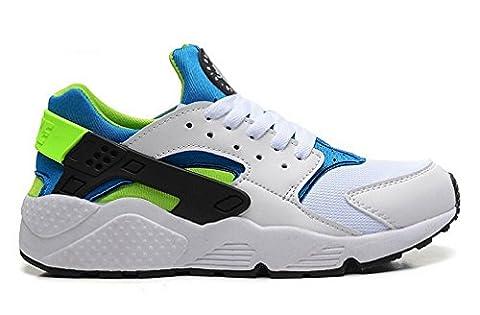 Nike Air Huarach mens (USA 7) (UK 6) (EU 40) (25 CM)