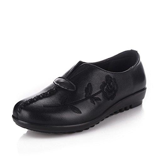 Chaussures de maman/ plat chaussures avec vieillard brodé/National vent moyen grand et vieux âgés de souliers pour dames A
