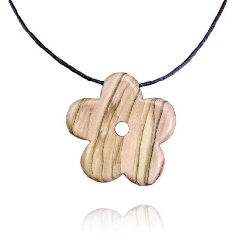 handmade-olive-wood-flower-necklace-matte-finish-fair-trade