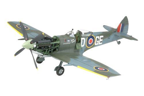 Imagen principal de Tamiya 300060321 Supermarine Spitfire Mk.XVIe - Avin en miniatura (escala 1:32) [importado de Alemania]
