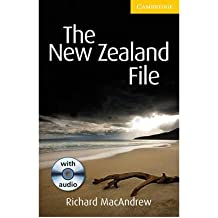 [(The New Zealand File Level 2 Elementary/Lower-Intermediate Book with Audio CD Pack)] [Author: Richard MacAndrew] published on (January, 2010)