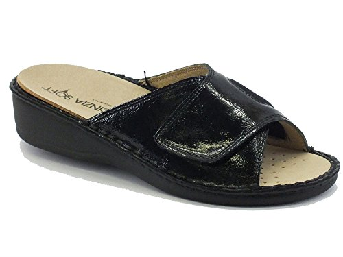 Ciabatta Cinzia Soft in pelle ed elasticizzato nero sottopiede estraibile (Taglia 35)