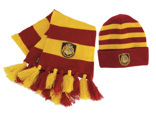 Hogwarts-Scarf-and-Hat