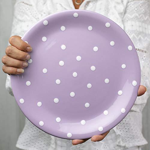 City to Cottage   Assiette plate   mauve à pois blancs en céramique faite et peinte à la main   25,5cm
