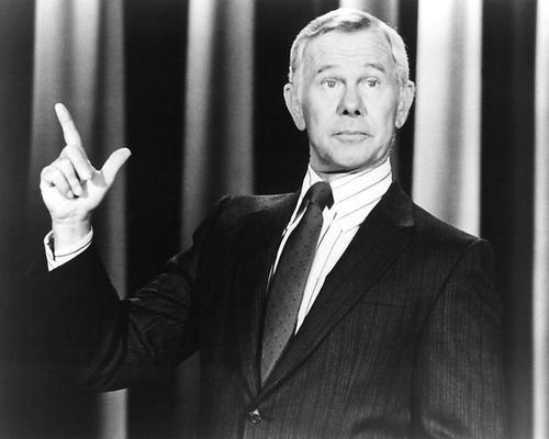 Moviestore Johnny Carson als Himself-Host in The Tonight Show Starring Johnny Carson 36x28cm Schwarzweiß-Foto (Johnny Carson Fotos)