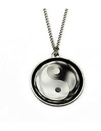 Collier avec pendentif yin et yang