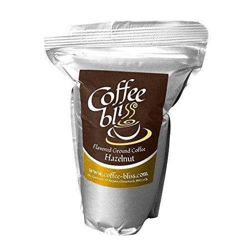 Hazelnut Ground Coffee offre il sapore di nocciole e profondo arrosto caffè in misto a conforme che riempie la bocca con gioia