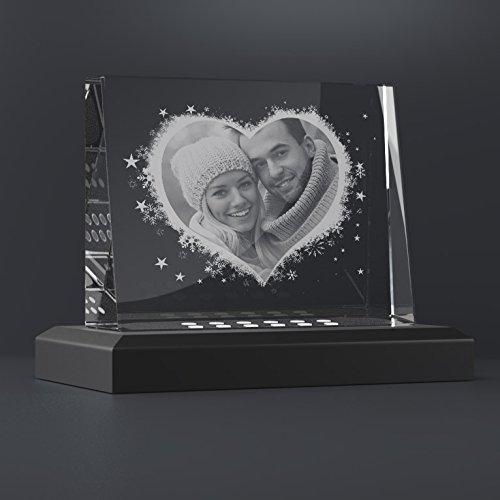 Personello Glasfoto mit Foto in Herz graviert, originelles Fotogeschenk, Größe M=105x80x30mm, mit LED Leuchtsockel