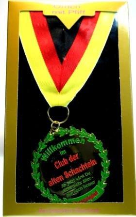 Orden / Auszeichnung CLUB DER ALTEN SCHACHTELN...