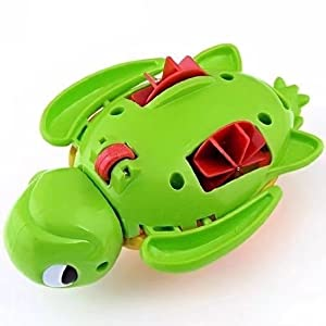 1 PC New Born Babies Swim Turtle Wound-up Chain Small Animal Bath Toy Color Random