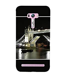 Takkloo london bridge flag of UK on bridge,black background, boat in river, lightened bridge, black sky) Printed Designer Back Case Cover for Asus Zenfone Selfie ZD551KL