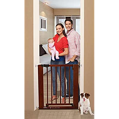 Dreambaby Barcelona Wooden Safety Gate (73.5-81cm)