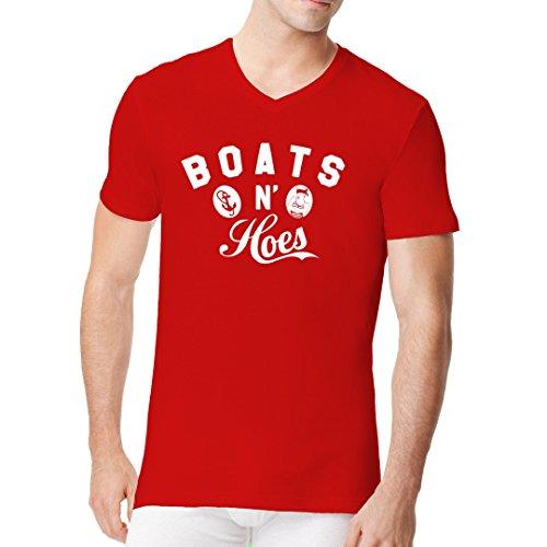 Fun Sprüche Männer V-Neck Shirt - Boats And Hoes by Im-Shirt Rot