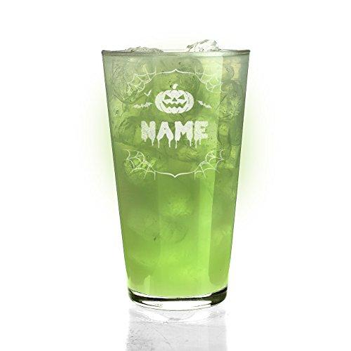 Herz & Heim® Trinkglas mit Gravur des Wunschnamens Motiv: Halloween (Halloween Schriftart Gruselige)
