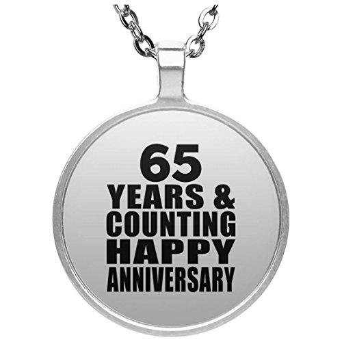 Happy 65th Anniversary 65 Years & Counting - Round Necklace Halskette Kreis Versilberter Anhänger - Geschenk zum Geburtstag Jahrestag Muttertag Vatertag Ostern (65th Party-ideen Birthday)