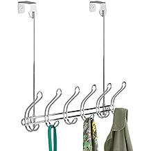 mDesign Perchero de puerta – 12 ganchos - Acero cromado - Práctico colgador de ropa para entrada o baño – Perchero sin taladro, ideal para abrigos y chaquetas o como toallero - Plateado