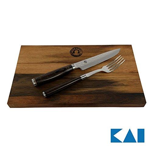 Kai Shun Premier Tim Mälzer | Besteckset | TDM-0907 Steakmesser mit Gabel | + massivem Schneidebrett aus Fassholz 25x15 | VK: 269,- €