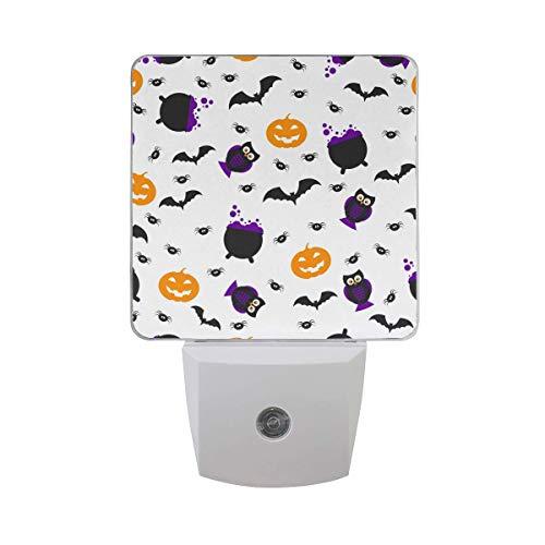 DFISKK Nachtlicht Set of 2 Happy Halloween Pattern Scary Pumpkin Owl Spider Bat Potion On White Auto Sensor LED Dusk to Dawn Night Light Plug in Indoor for Adults