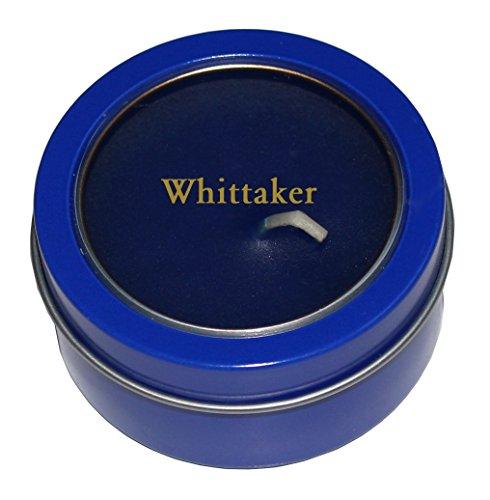 kerze-in-metallbox-mit-kunststoffabdeckung-mit-eingraviertem-namen-whittaker-vorname-zuname-spitznam