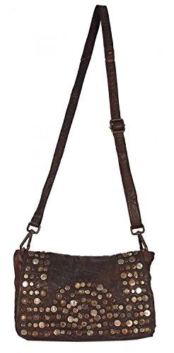 Panego - kleine Umhängetasche Ledertasche Abendtasche mit Vintage Nieten Ausgehtasche Schultertaschen 26x18x7 (B x H x T), Farbe:camel Mahogany Braun