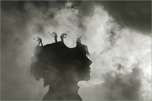 Posterlounge Forex-Platte 30 x 20 cm: Arbeiter mit Vorschlaghämmern und Spitzhacken Schlagen im Kopf Einer Frau von Ikon Images/Mauritius Images