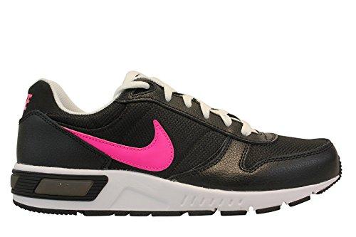 Nike Nightgazer (GS), Chaussures de Running Femme, Noir (Noir / Rose-Blanc Explosion), 38 1/2 EU