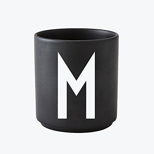 Design Letters - Becher - Buchstabentasse - Buchstabe: M - Porzellan - Schwarz - Arne Jacobsen