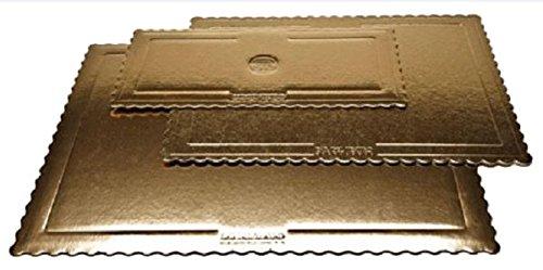 Paquete con una bandeja rectangular para tarta.