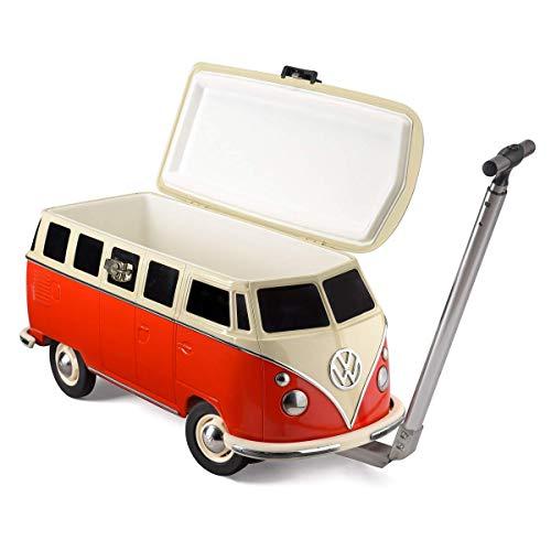 VW Camper Kühlbox in trendigem Rot 26l - detailliertes Retro-Volkswagen Sammlerstück - isolierter Flaschenkühler auf Rädern in VW Bulli-Design mit Kultstatus - große Kühltasche für Speisen & Getränke